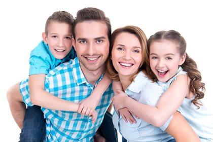 Aile العائلة